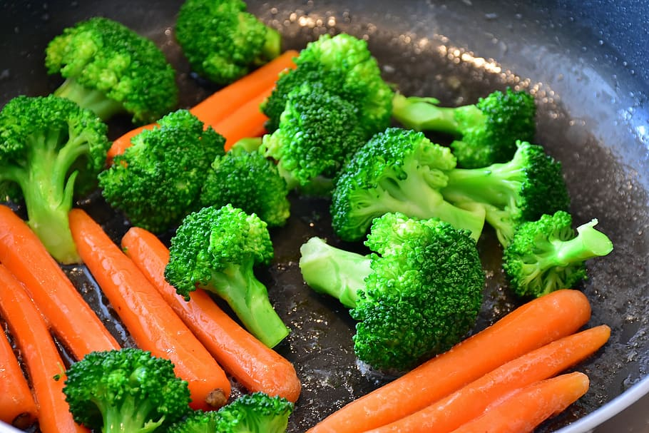 broccoli, carrot, pan, carrots, yellow beets, vegetables, food ...